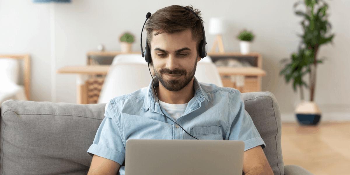 Virtual Callcenter Agent che lavora da casa