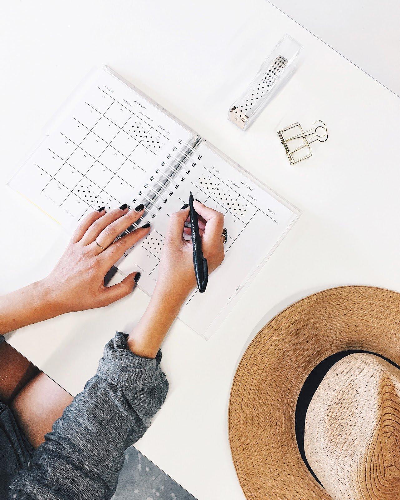 woman week planner